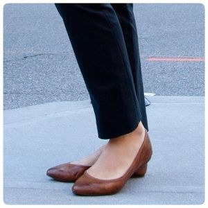{ frye } cognac leather pointed toe ballet flats